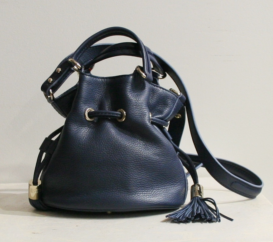 sac lancel premier flirt masai Next to classical models like the lancel bucket bag the label offers other curvy shaped models as the lancel premier flirt or the lancel charlie bag that delights.